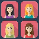 Ícones quadrados lisos ajustados com mulheres Vetor Fotos de Stock Royalty Free