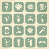 Ícones retros da cerveja ajustados Ilustração do vetor Foto de Stock Royalty Free
