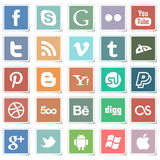 Ícones sociais dos meios das etiquetas lisas ilustração do vetor