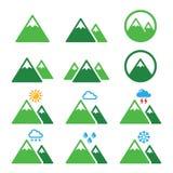 Ícones verdes da montanha ajustados Foto de Stock
