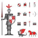 Ícones vermelhos do preto medieval dos cavaleiros ajustados ilustração do vetor
