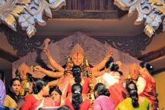 Ídolo hindú de la diosa en Pandal, templo temporal para Fotografía de archivo