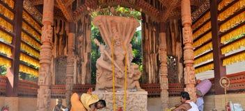 Ídolo hindú de la diosa en Pandal, templo temporal para Imagenes de archivo