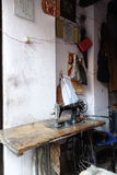 A Índia costura a máquina de costura não motorizada Fotos de Stock Royalty Free