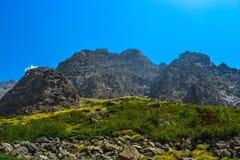 A Índia da paisagem da montanha de Himalaya fotografia de stock royalty free