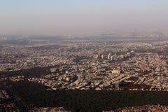 Índia de Nova Deli da vista aérea e Constructi crescendo Fotos de Stock Royalty Free