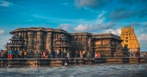 Índia - 10 de setembro de 2016: Vista bonita do templo de Chennakesava em Belur imagens de stock