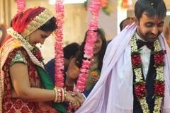 Índia do casamento da ligação de Speritual Fotografia de Stock Royalty Free