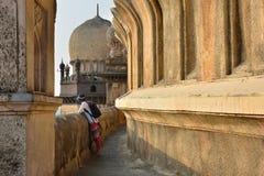 Índia, túmulo de Bijapur fotografia de stock