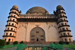 Índia, túmulo de Bijapur fotos de stock royalty free
