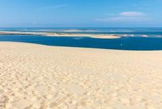 Άποψη από τον αμμόλοφο Pilat, ο πιό ψηλός αμμόλοφος άμμου στην Ευρώπη Λα teste-de-Buch, κόλπος του Αρκασόν, Aquitaine, στοκ φωτογραφία