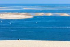 Άποψη από τον αμμόλοφο Pilat, ο πιό ψηλός αμμόλοφος άμμου στην Ευρώπη Λα teste-de-Buch, κόλπος του Αρκασόν, Aquitaine, στοκ φωτογραφίες