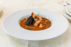 Έξοχα τρόφιμα πιάτο Εστιατόριο menu κατάταξη Έξοχο πιάτο, δημιουργική έννοια γεύματος εστιατορίων, haute τρόφιμα ραπτικών στοκ εικόνα