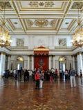 Αγία Πετρούπολη Γύροι ερημητηρίων Μεγάλη αίθουσα θρόνων Georgievsky στοκ φωτογραφία με δικαίωμα ελεύθερης χρήσης