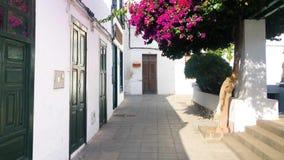 Αρχιτεκτονική χαρακτηριστικών οδών και παραδοσιακού κτηρίου σε Haria, Lanzarote, Κανάρια νησιά, Ισπανία, βίντεο μήκους σε πόδηα 4 φιλμ μικρού μήκους