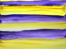 Αφηρημένο κατασκευασμένο υπόβαθρο Watercolor με τις ιώδεις και κίτρινες γραμμές διανυσματική απεικόνιση