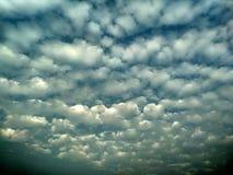 Αφηρημένο σύννεφων πρότυπο υποβάθρου σύστασης θαμπό για τον ιστοχώρο, αφηρημένο σχέδιο προτύπων γραφικής παράστασης πληροφοριών Κ στοκ φωτογραφία