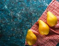 αχλάδια ώριμα τρία στοκ φωτογραφία με δικαίωμα ελεύθερης χρήσης