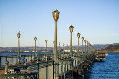 Αποβάθρα 7 κατά μήκος του Embarcadero στο Σαν Φρανσίσκο στοκ φωτογραφίες