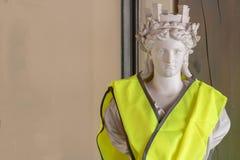 Αποτυχία της Marianne, σύμβολο της γαλλικής Δημοκρατίας στο κίτρινο gilet φανέλλων jaune Γαλλίαη  στοκ εικόνες