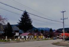 Βίλα Langostura, γειτονιά της Παταγωνίας, μεταξύ των βουνών στοκ εικόνες