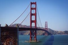 Γέφυρα πυλών του Σαν Φρανσίσκο στοκ εικόνες