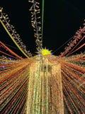 Γιρλάντα στο υπόβαθρο του νυχτερινού ουρανού στοκ εικόνα