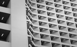 Γραπτά γραμμή κτηρίου αρχιτεκτονικής και φως της τετραγωνικής προοπτικής φραγμών στοκ εικόνες