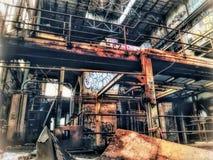 Εγκαταλειμμένες εγκαταστάσεις παραγωγής ενέργειας οδών αγοράς η Νέα Ορλεάνη στοκ εικόνα
