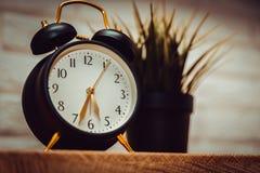 Εικόνα του εκλεκτής ποιότητας ξυπνητηριού στοκ εικόνες με δικαίωμα ελεύθερης χρήσης