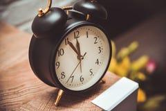 Εικόνα του εκλεκτής ποιότητας ξυπνητηριού στοκ φωτογραφίες με δικαίωμα ελεύθερης χρήσης