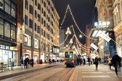 Ελσίνκι, Φινλανδία, στις 26 Ιανουαρίου 2018: Κεντρική οδός του Ελσίνκι - Alexanderinkatu Ελσίνκι που διακοσμείται για το νέο έτος στοκ φωτογραφία
