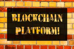Εννοιολογικό χέρι που γράφει παρουσιάζοντας πλατφόρμα Blockchain Επιχειρησιακή φωτογραφία που επιδεικνύει την ψηφιακή ανταλλαγή C στοκ φωτογραφία με δικαίωμα ελεύθερης χρήσης