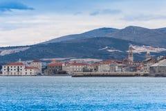 Εν τω μεταξύ στη θάλασσα της Κροατίας Kastel Novi Adratic στοκ φωτογραφία