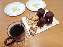 Επιδόρπια και καφές στοκ φωτογραφία με δικαίωμα ελεύθερης χρήσης