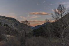 Ηλιοβασίλεμα στο εθνικό πάρκο Aigà ¼ estortes ι Estany de Sant Maurici στοκ εικόνες