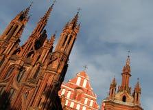 Η ηλιόλουστη αρχαία αρχιτεκτονική Vilnius, Λιθουανία - ΛΙΘΟΥΑΝΙΑ στοκ φωτογραφίες