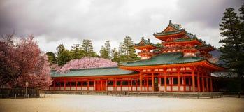 Η λάρνακα Jingu Heian στο Κιότο, Ιαπωνία στοκ εικόνα
