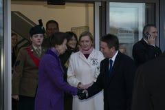 Η πριγκήπισσα Anne HRH ανοίγει τη βιβλιοθήκη Coleraine στοκ εικόνες