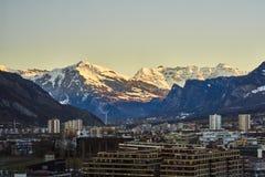 Η πόλη Chur στις Άλπεις της Ελβετίας στα σύνορα με την Ιταλία στοκ φωτογραφία με δικαίωμα ελεύθερης χρήσης