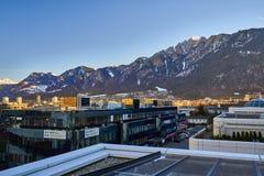 Η πόλη Chur στις Άλπεις της Ελβετίας στα σύνορα με την Ιταλία στοκ φωτογραφία