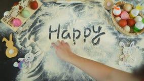 Θηλυκές λέξεις γραψίματος δάχτυλων ευτυχές Πάσχα απόθεμα βίντεο