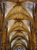 Θολωτό ανώτατο όριο του καθεδρικού ναού - Βαρκελώνη στοκ εικόνες