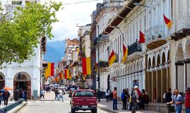 Ιστορικό κέντρο Cuenca, Ισημερινός, που διακοσμείται για τις διακοπές στοκ εικόνες με δικαίωμα ελεύθερης χρήσης