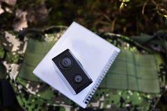 Κάμερα δράσης για να συλλάβει τα βίντεό σας Κατάλληλος για το ταξίδι αυτοκινήτων, αθλητισμός, κατάδυση, στοκ φωτογραφία