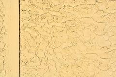 Κίτρινη σύσταση τοίχων κονιάματος με τα ξύλινα σύνορα στοκ εικόνες με δικαίωμα ελεύθερης χρήσης