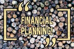 Κείμενο γραψίματος λέξης οικονομικός σχεδιασμός Η επιχειρησιακή έννοια για τη στρατηγική προγραμματισμού λογιστικής αναλύει το ξύ στοκ φωτογραφία με δικαίωμα ελεύθερης χρήσης