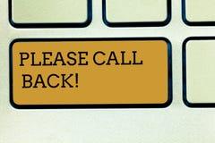 Κείμενο γραφής που γράφει παρακαλώ την πλάτη κλήσης Έννοια που σημαίνει την πρόσκληση για να επιστρέψει για τη δεύτερη ακρόαση ή  στοκ εικόνα με δικαίωμα ελεύθερης χρήσης