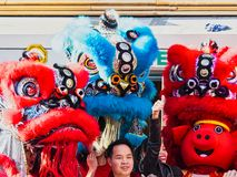 Κινεζικό νέο έτος 2019 Παρίσι Γαλλία - χορός λιονταριών στοκ εικόνα με δικαίωμα ελεύθερης χρήσης