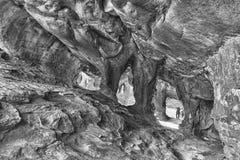 Κύριες σπηλιές Stadsaal στα βουνά Cederberg μονοχρωματικός στοκ φωτογραφία με δικαίωμα ελεύθερης χρήσης